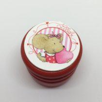 Cajita roja ratona con corazón