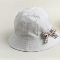Sombrerito playero blanco