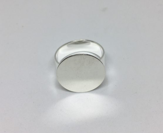 Base anillo plateado 18mm